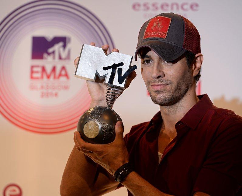 Enrique MTV EMAs 2014 Winners