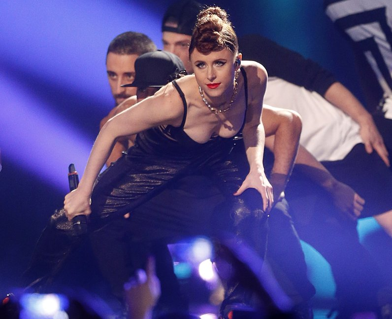 Kiesza MTV EMAs 2014 Arrivals