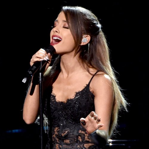 Ariana Grande AMAs performance 2014