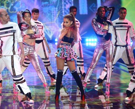 Ariana Grande Victoria's Secret Fashion Show 2014