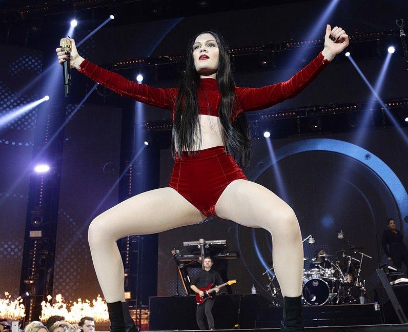 Jessie J Live Jingle Bell Ball 2014
