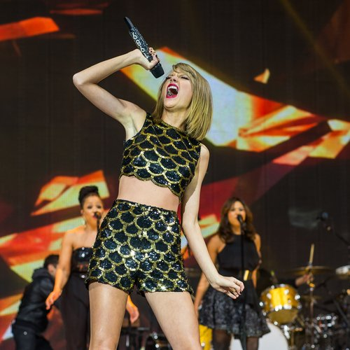 Taylor Swift jingle bell ball