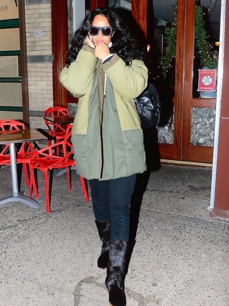 Rihanna wearing winter clothes