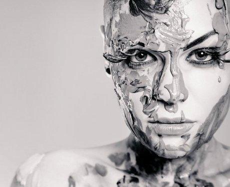 Jessie J First Facebook Picture