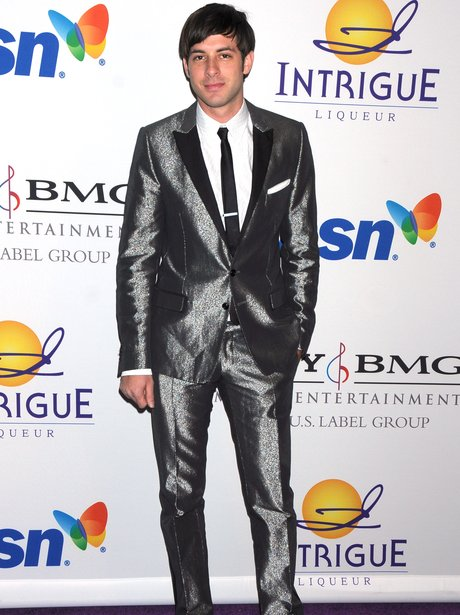 Mark Ronson silver suit 2008