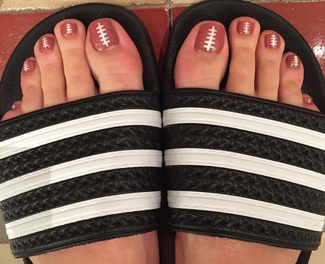 Katy Perry Super Bowl Toes