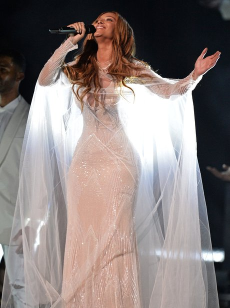 Beyonce performs at the Grammy awards