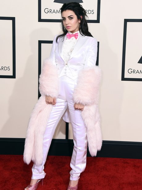 Charli XCX arrives at the Grammy Awards 2015
