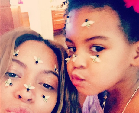 Beyonce and Blue Ivy Bea Selfie