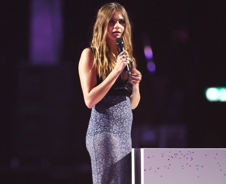 Cara Delevingne BRIT Awards 2015 On Stage