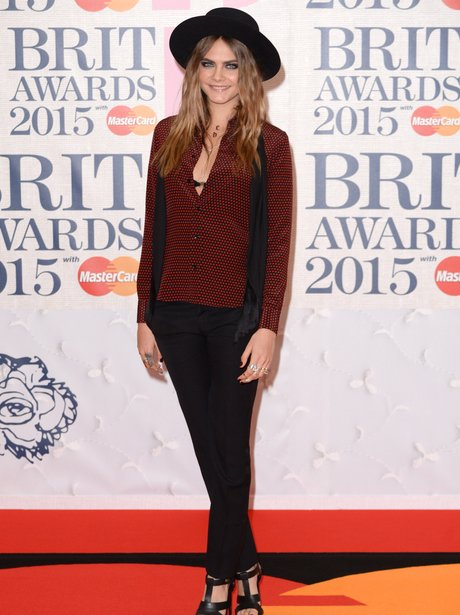 Cara Delevingne BRIT Awards Red Carpet 2015