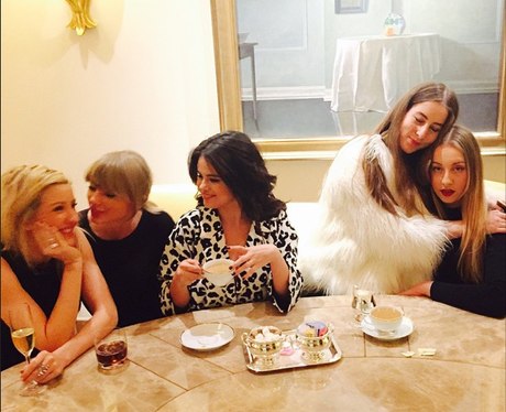 Ellie Goulding, Taylor Swift, Selena Gome and Haim