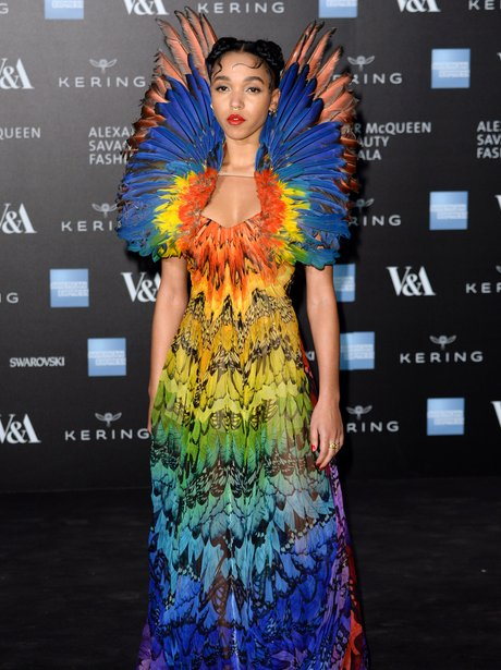 FKA Twigs Wings Colourful Outfit
