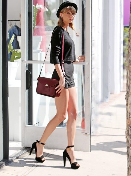 Taylor Swift All Black Outfit Shorts