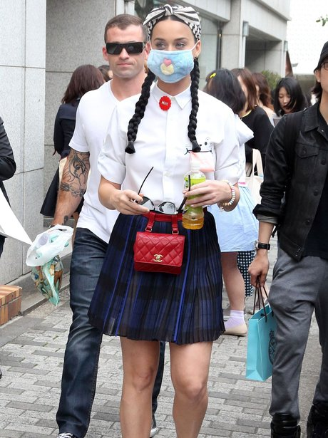 Katy Perry wearing a mask