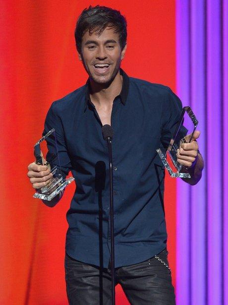 Enrique Latin Music Awards 2015