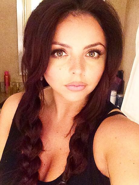 Jesy Nelson selfie