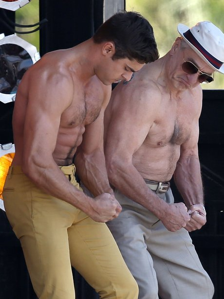 Zac Efron and Robert De Niro topless