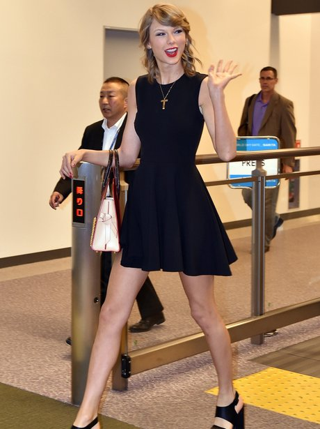 Taylor Swift arrives at airport in Japan