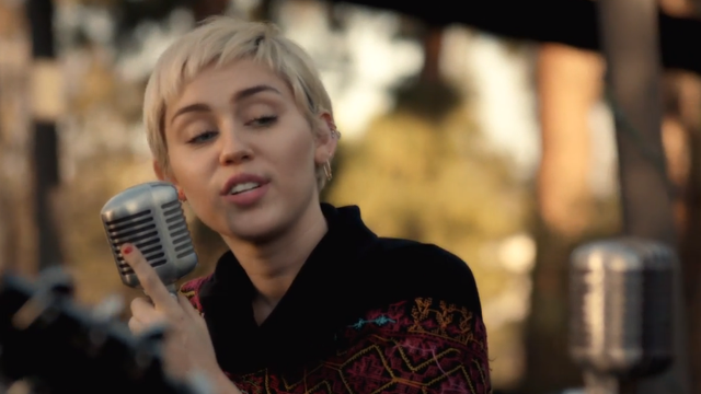 WATCH: Miley Cyrus Covers U0027Look What Theyu0027ve Done To My Song Mau0027 For Happy  Hippie   Capital