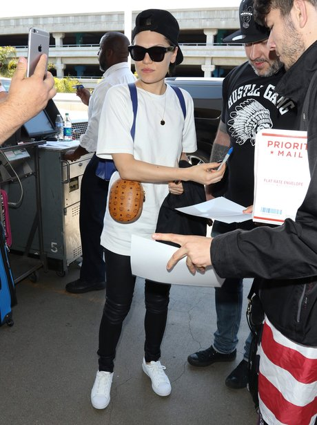 Jessie J at the Airport