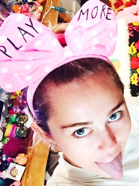 Miley Cyrus: 24 Pictures That Prove She's The Queen Of ...