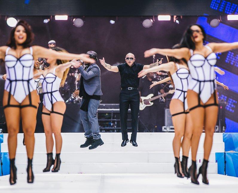 Pitbull Live Summertime Ball 2015