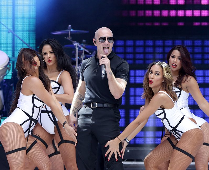 Pitbull Summertime Ball Live 2015