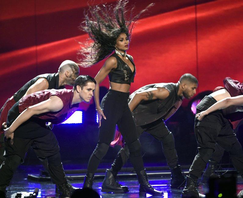 Ciara BET Awards 2015 performance