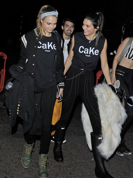 Kendall Jenner and Cara Delevingne matching tops