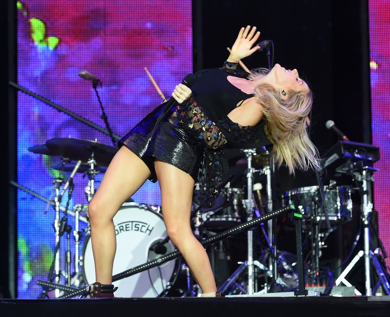 Ellie Goulding at V Festival 2015