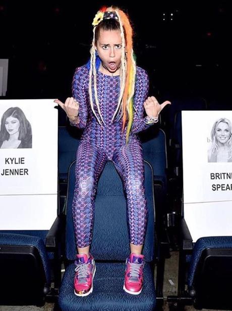 Miley Cyrus VMA's 2015
