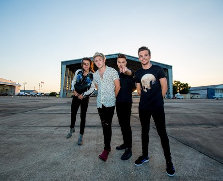 One Direction Drag Me Down Press Pic