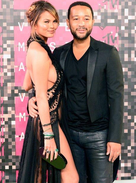 John Legene & Chrissy Teigen - MTV VMAs 2015 red c