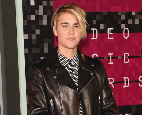 Justin Biebers Hair Transformations 29 Of The What Do You Mean