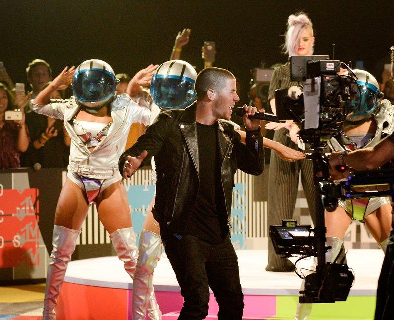Nick Jonas live on stage at the MTV VMAs 2015