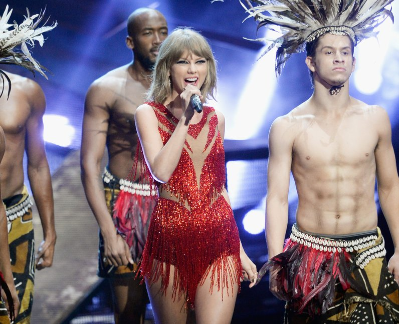 Mtv Vmas 2015 In Pictures Feat Taylor Swift Nicki Minaj Justin Bieber More Capital