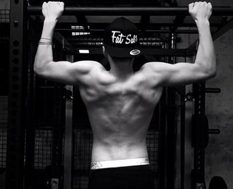 Brooklyn Beckham Topless Instagram