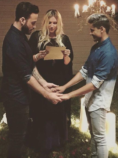 Kesha Officiating Gay Wedding