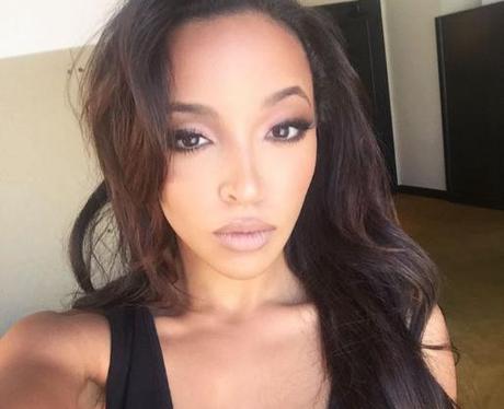 Tinashe Selfie