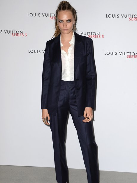 Cara Delevingne London Fashion Week 2015