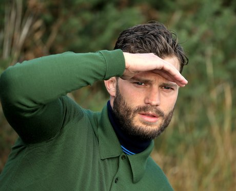 Jamie Dornan playng golf