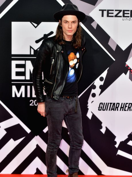 James Bay MTV EMA's 2015 Red Carpet
