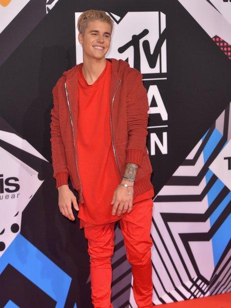 Justin Bieber MTV EMA's 2015 Red Carpet