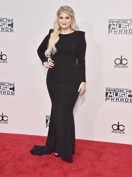 Meghan Trainor American Music Awards 2015