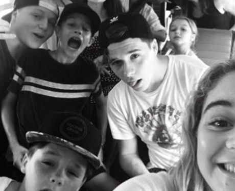 Brooklyn Beckham Family Selfie Instagram