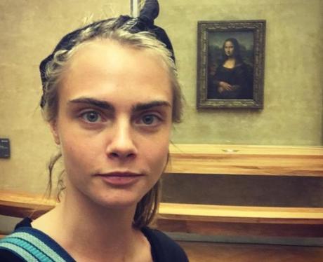 Cara Delevingne and Mona Lisa Selfie