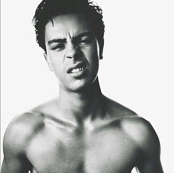Jake t austin has spoken out after its unearthed he is dating a jake t austin instagram m4hsunfo