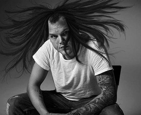 Avicii's alternative hair styles 3