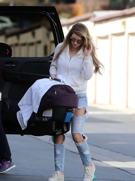 Briana Jungwirth Baby Shopping In LA Without Louis Tomlinson